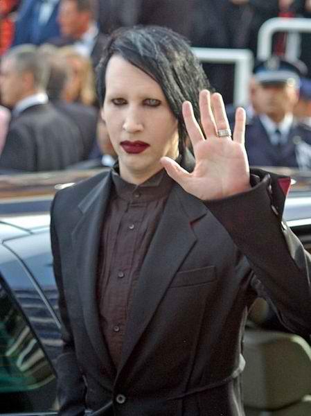 449px-Marilyn_Manson_Cannes