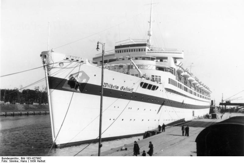 Bundesarchiv_Bild_183-H27992_Lazarettschiff_-Wilhelm_Gustloff-_in_Danzig