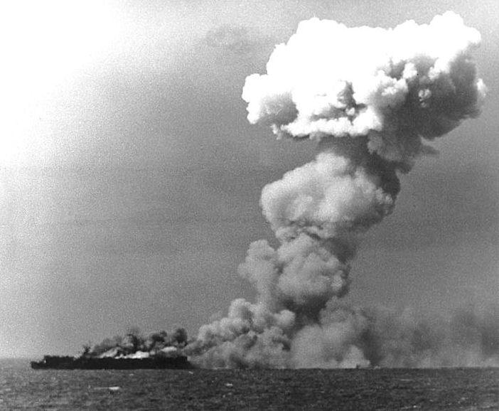 USS_Princeton_CVL-23_1944_10_24_1