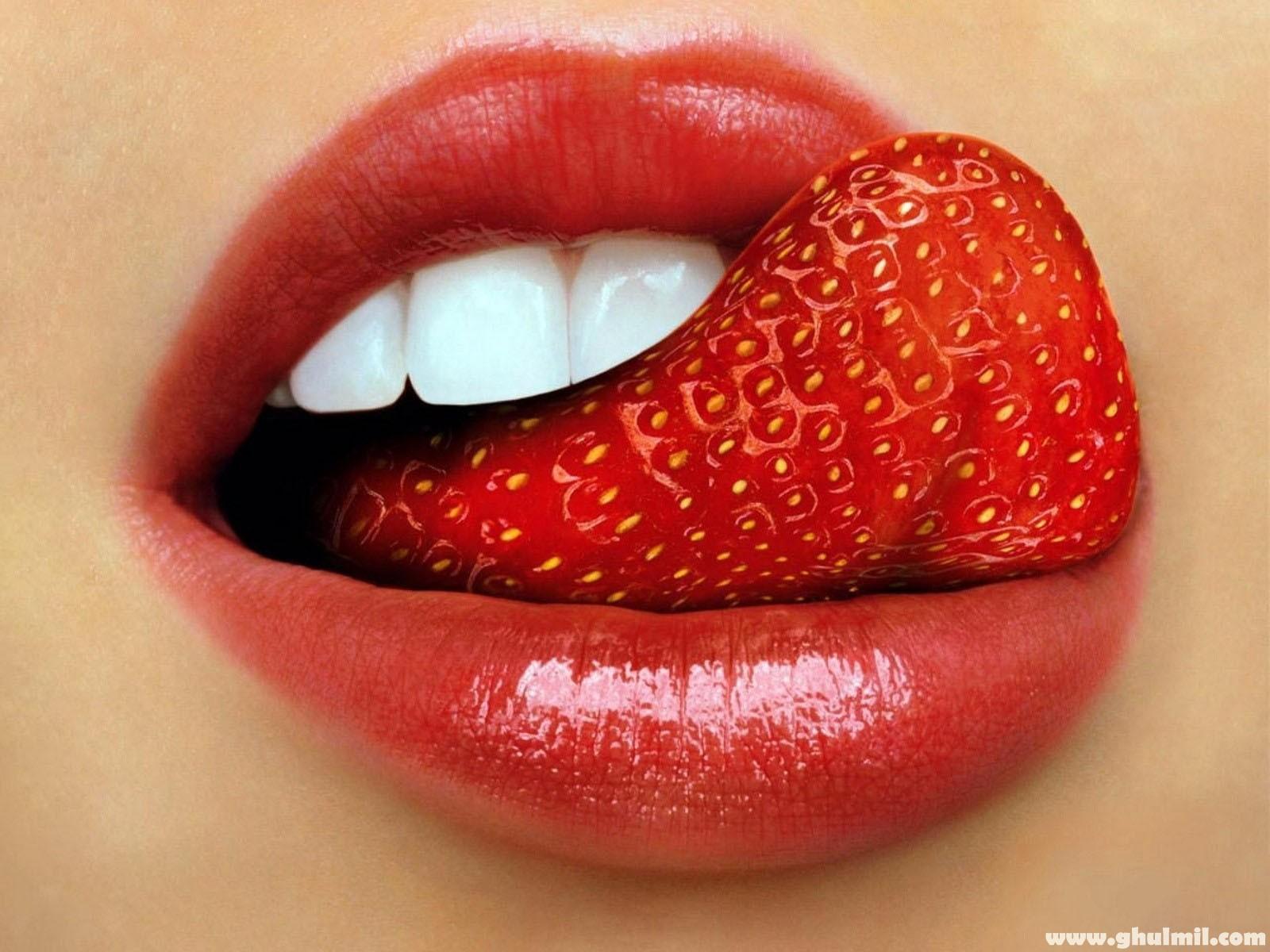 very-beautiful-sexy-strawberry-tounge-lips-1