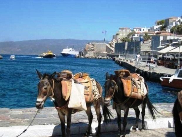 Καταγγελίες για ανασφάλιστη εργασία στον τουρισμό