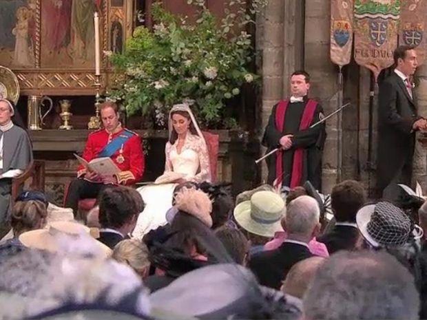 Γάμος α λα βασιλικά-God save the marriage
