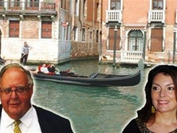 Εδώ ο κόσμος χάνεται και ο Πάγκαλος στη Βενετία