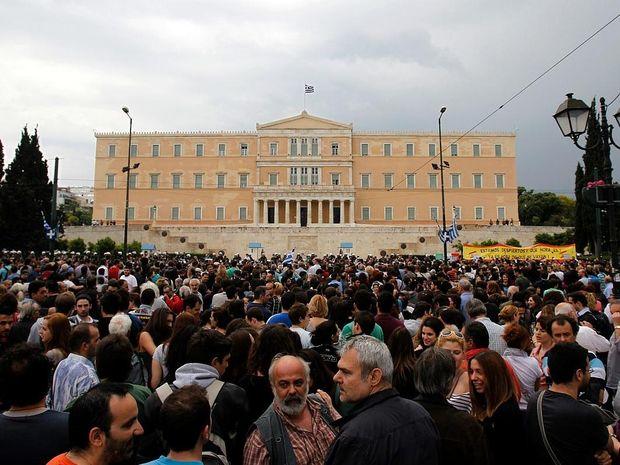 Ελλάδα-Αγανακτισμένοι για... πάντα!