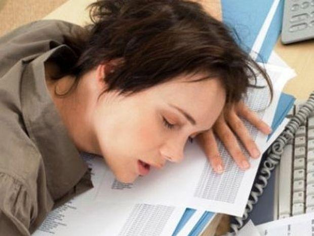 Η έλλειψη ύπνου καταδιώκει τις γυναίκες