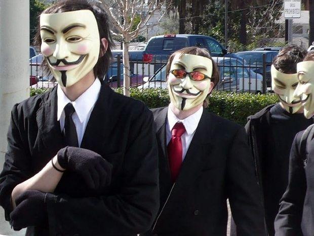 Ερχόμαστε! - Τελεσίγραφο των Anonymous στην κυβέρνηση