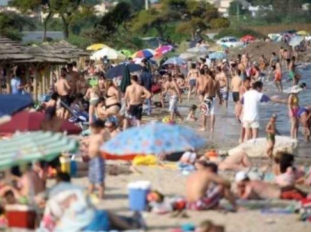 Ο καύσωνας ήρθε! Πάμε όλοι σε μια παραλία…