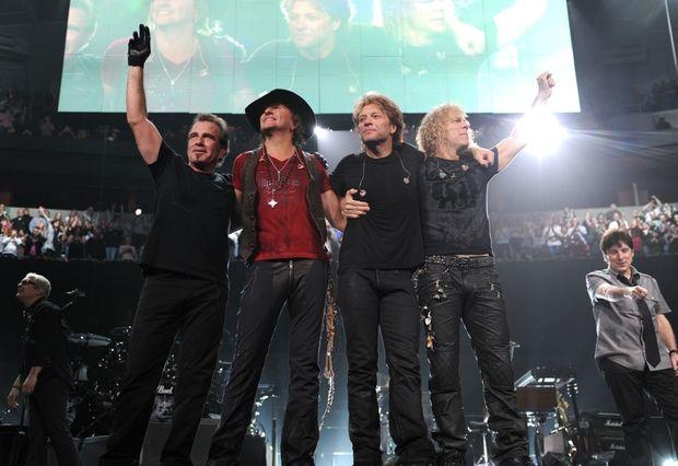 Οι Bon Jovi ροκάρουν στην Αθήνα
