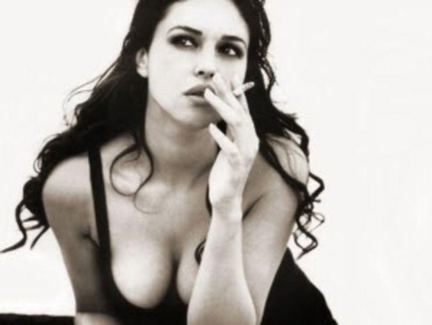 Monica Bellucci: «Η γυμνή σκηνή ήταν πράξη γενναιοδωρίας»