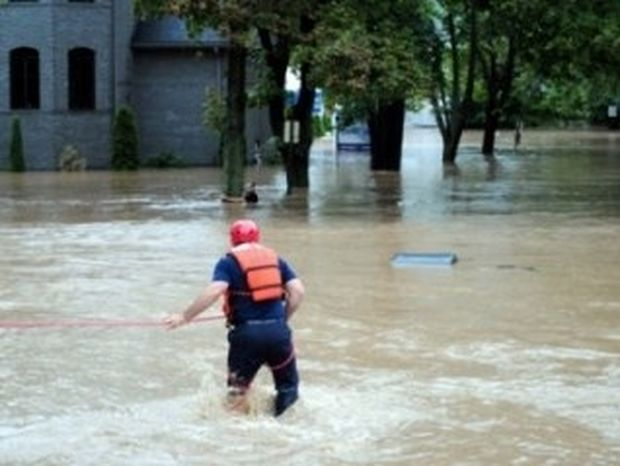 VIDEO: Σε κατάσταση έκτακτης ανάγκης η πολιτεία της Νέας Υόρκης