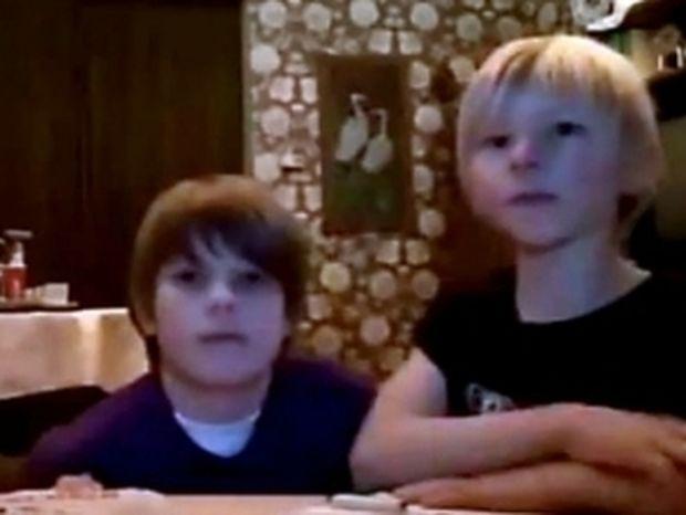 VIDEO: Λιλιπούτειοι ταχυδακτυλουργοί σε απίστευτη στιγμή γέλιου!