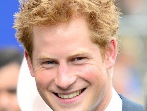 Με ποια καλλονή θέλει να βγει ραντεβού ο πρίγκιπας Harry;