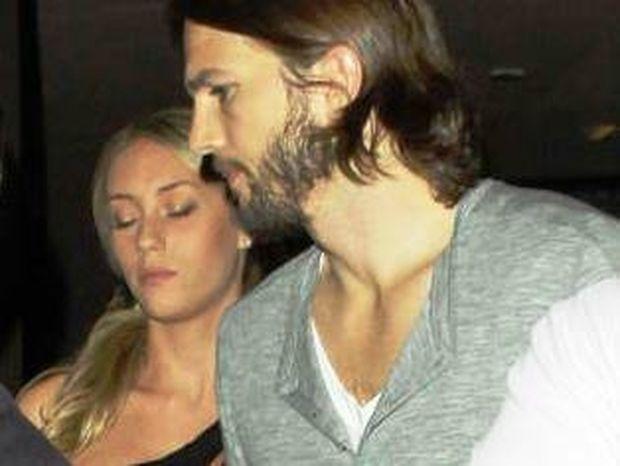 Αυτό είναι το τρίτο πρόσωπο στο γάμο της Demi Moore και του Ashton Kutcher