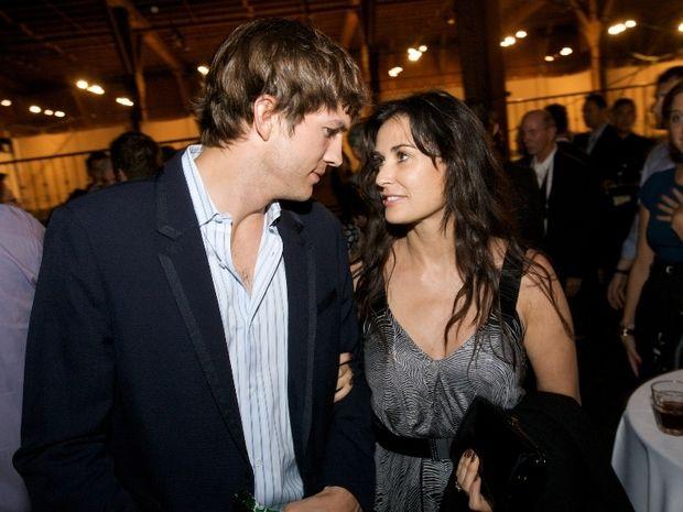Demi Moore VS Ashton Kutcher – Κι όλο μ' αφήνεις να σ' αφήσω