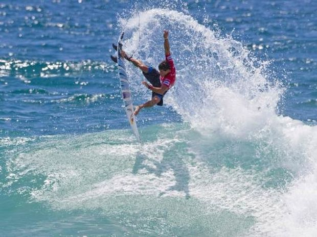 Surf αυστηρά μόνο για τους καλύτερους!