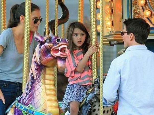 Ο Tom Cruise διασκεδάζει με την κόρη του