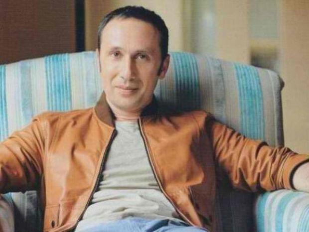 Ρένος Χαραλαμπίδης - Στον αστερισμό της διαφορετικότητας