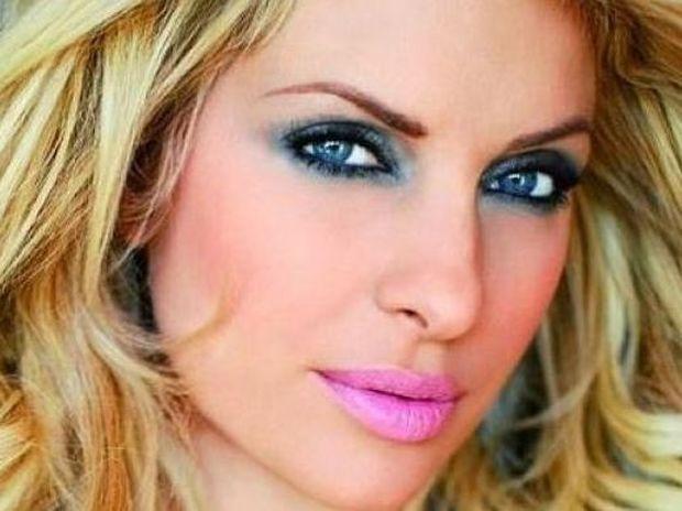 Τα μυστικά ομορφιάς της Ελένης Μενεγάκη