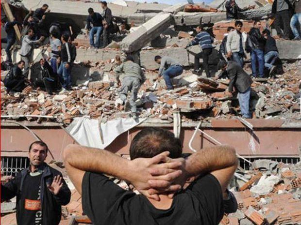 Ο σεισμός στην Τουρκία - Οι εκλείψεις είναι ακόμη εδώ!