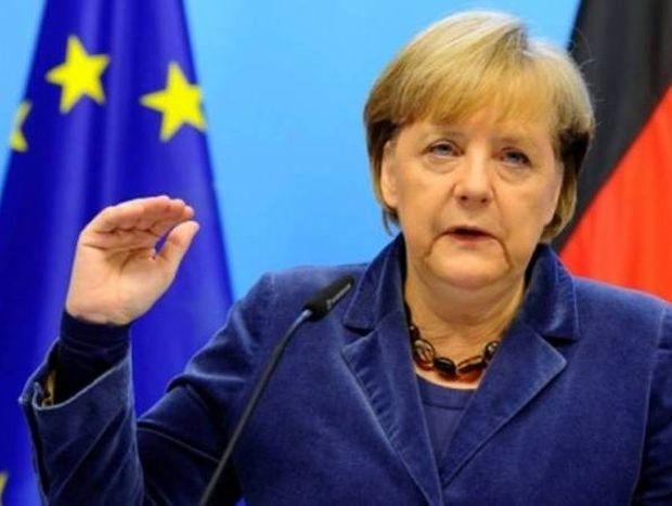 Η Μέρκελ εκβίασε μέχρι και με πτώχευση της Ελλάδας