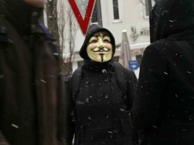 Anonymous: Τρείς ημέρες ζωής απομένουν στο Facebook;
