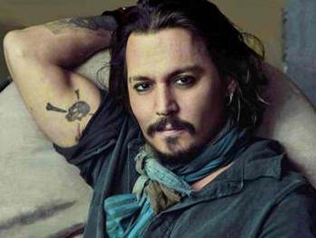 O Johnny Depp θέλει να θαφτεί σε ένα βαρέλι ουίσκι