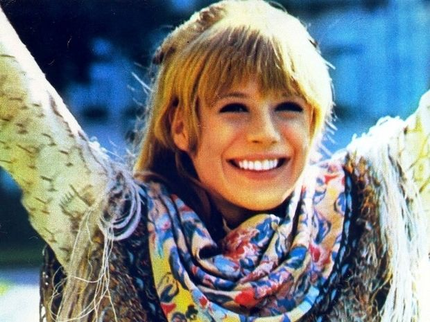 Marianne Faithfull - Η ισόβια έφηβη