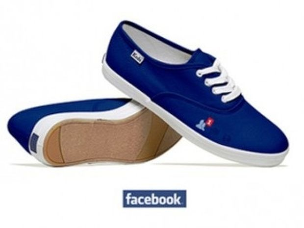 Ας φορέσω τα Facebook μου σήμερα