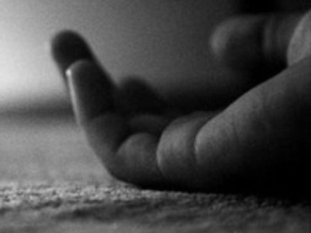 Aπίστευτο! Σκότωσε τη κόρη της με φυστίκια…και προσπάθησε να αυτοκτονήσει