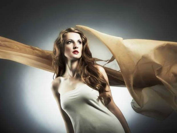 Star Stylist 19 Απριλίου - Μαλλιά από μετάξι