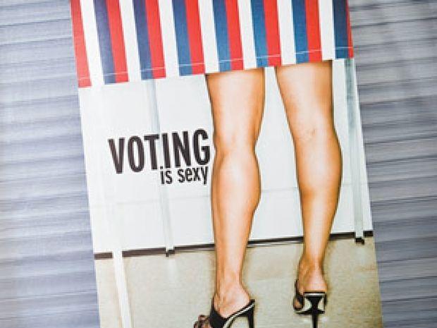 Εκλογές 2012: Γιατί κάθε άντρας που σέβεται τον εαυτό του πρέπει να ψηφίσει