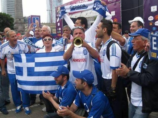 «Όλη η Βαρσοβία είναι μπλε...» (photos+videos)