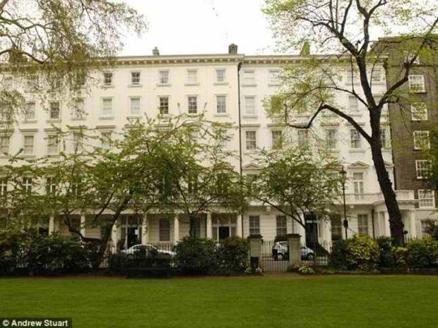 Στο σφυρί η βίλα του Αμπράμοβιτς στο Λονδίνο. Δεν θα πιστεύετε την τιμή!