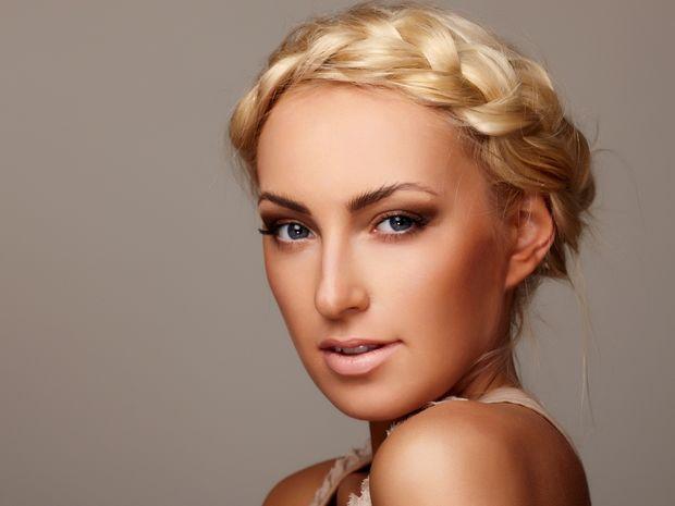 Star Stylist 13 Ιουνίου - Μικρά και περίεργα πιασίματα στα μαλλιά για ένα διαφορετικό στυλ