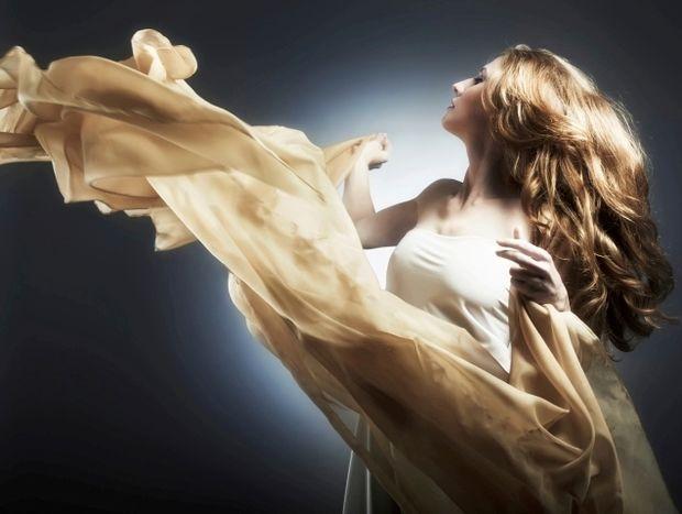 Star Stylist 20 Ιουνίου - Σήμερα διαλέξτε ένα ρομαντικό στυλ