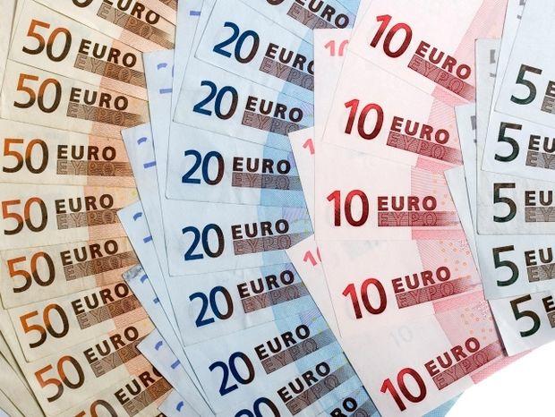 Οικονομία-Υποσχέσεις χωρίς αντίκρισμα και νέες δεσμεύσεις
