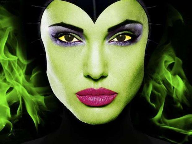 Αngelina Jolie: Στα γυρίσματα της νέας της ταινίας φορώντας... κέρατα!