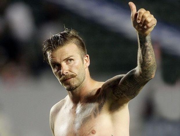 Πάλι... τα πέταξε ο David Beckham!