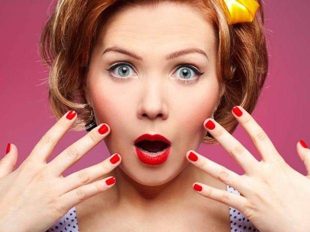 Star Stylist 2 Αυγούστου- Βάψτε τα νύχια σας με λαμπερά χρώματα