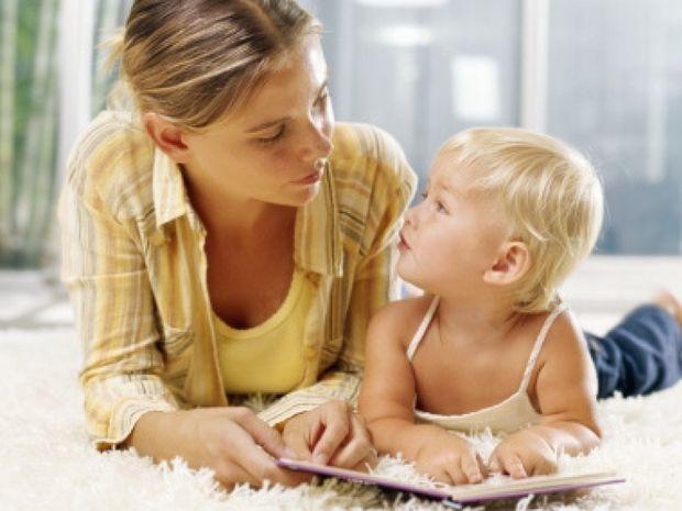 Πώς θα βοηθήσετε το μωρό σας να μιλήσει πιο γρήγορα!