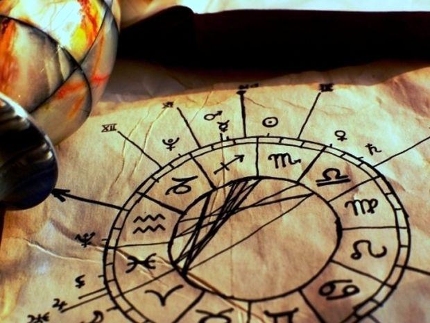 Οι ...αστροκατίνες: Όταν η Αστρολογία γίνεται κατάχρηση