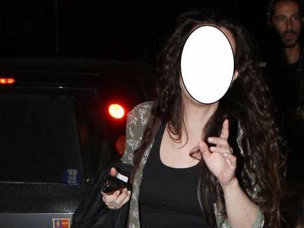 Ελληνίδα ηθοποιός εξομολογείται: «Έναν μήνα πριν μείνω έγκυος, ένα γράμμα από το Λονδίνο 'πιστοποιούσε' πως δεν μπορούσα να κάνω παιδί»