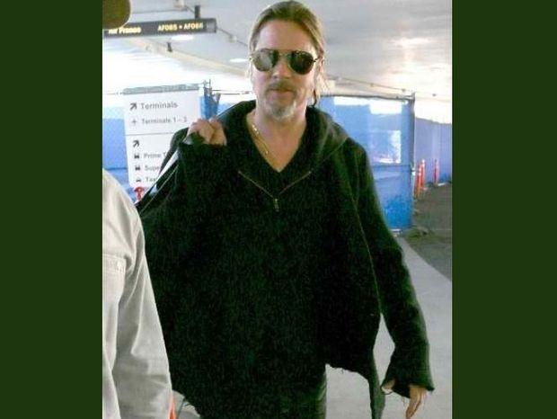 Brad Pitt: Μα τι του συμβαίνει τελοσπάντων;