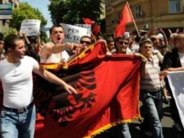 Έτοιμοι να ιδρύσουν κόμμα στην Ελλάδα οι Αλβανοί