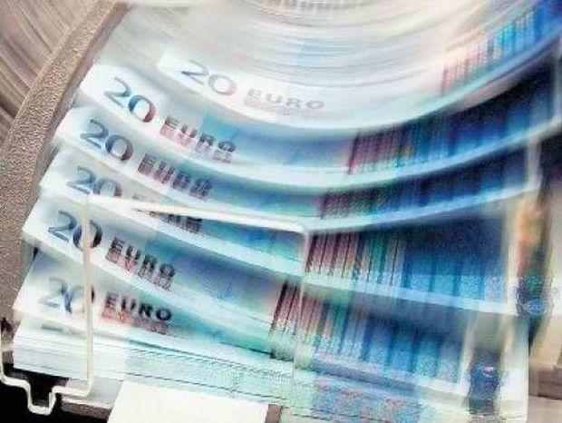 ΣΟΚ: Πολυεθνικές – Χατζηδάκης για μισθούς 300 ευρώ!