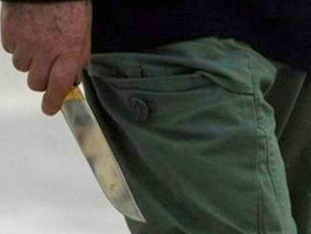 ΣΟΚ στα Χανιά: Τον απείλησε με κουζινομάχαιρα γιατί αρνήθηκε να...