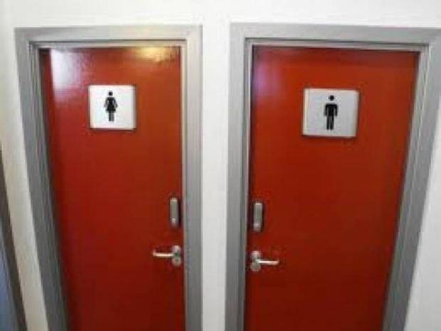 Πάτρα: Έκαναν σεξ στην τουαλέτα καφετέριας όταν ξαφνικά...