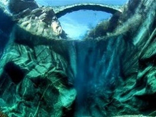 ΔΕΙΤΕ: Ο καθαρότερος ποταμός του κόσμου