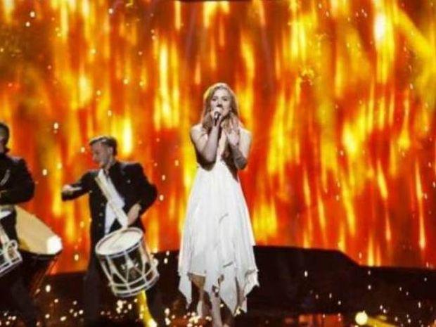 Eurovision 2013: Δείτε τη νικήτρια με παραπανίσια κιλά και καστανή