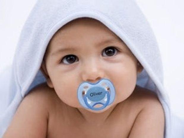 ΤΟ ΞΕΡΕΣ; Δες πως επηρεάζει η πιπίλα τα μωρά